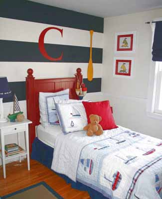 sea birds and sea treasures ocean animals and corals beautiful coastal prints dockside decor nautical knots and beach decorating theme are perfect ideas - Ideas For Bedroom Decorating Themes