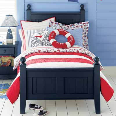 Ideas  Kids Room on Playful Kids Rooms Ideas White Blue Red Color Combination And Nautical