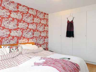 red pink wallpaper modern interior design trends