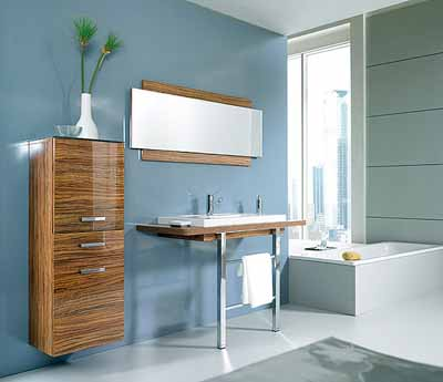 Retro bathroom decorating in 1950s 60s style modern bathrooms for Blue and silver bathroom accessories