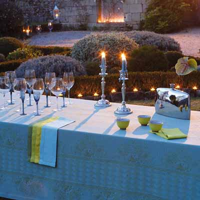 dinner table decorations decorative fabrics blue yellow & Decorative Fabrics in Bright Solid Colors Summer Party Table Decoration