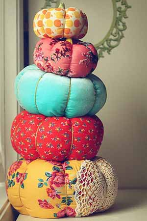 Making Pillows Pumpkins of Decorative Fabrics, Bright Fall Craft Ideas