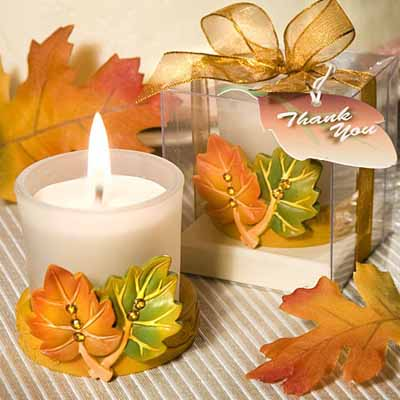 Fall Craft Ideas on Candle Centerpiece Ideas  Table Decoration With Fall Leaves And