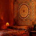moroccan-style-bedroom-decorating-ideas-red-colors