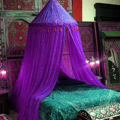 Exotic Moroccan Bedroom Decorating Light And Deep Purple Colors