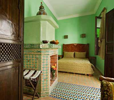 Blue and green bedroom colors moroccan bedroom decorating Moroccan decor ideas for the bedroom