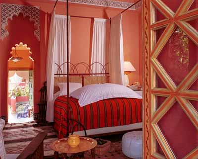 moroccan style bedroom design white red colors