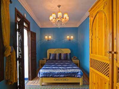 blue paint color morrocan bedroom design ideas