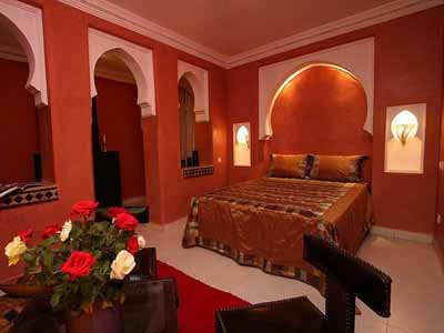 moroccan bedroom decorating ideas orange wall paint