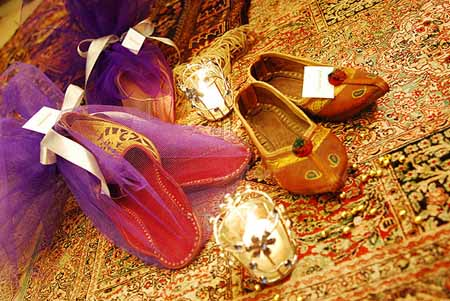 beeber persian and arabic shoes after party gift ideas