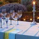 tablecloth-napkins-dinner-table-decorating-ideas