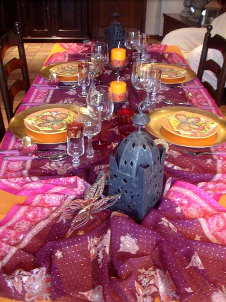 moroccan lanterns make beautiful arabian style party decorations and centerpieces