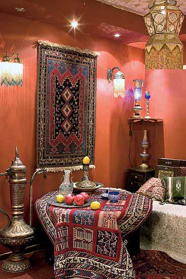 Moroccan furniture decorating fabrics and materials for moroccan decor - Improve your home decor with moroccan lamps ...