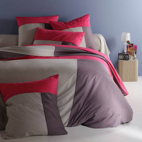 grey and pirple pink bedding sets are modern bedroom ideas
