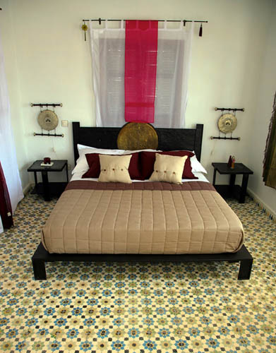 Moroccan Bedroom Furniture ~ Moroccan furniture decorating fabrics and materials for