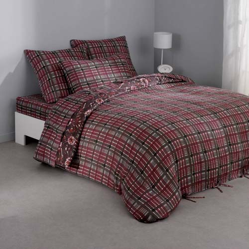 plaid bedding sets made of bedding fabrics in gray and plum colors