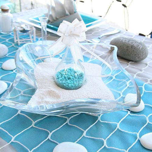 Beach Pebbles Table Decoration in White and Turquoise Colors : turquoise color table cloth beach stones from www.decor4all.com size 500 x 500 jpeg 76kB