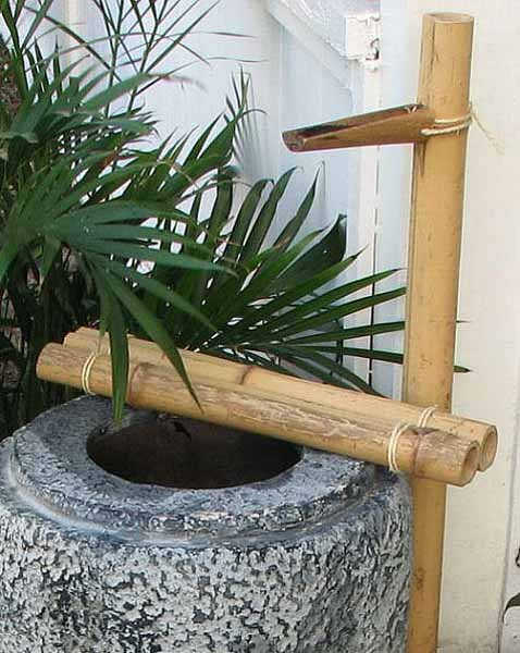 Diy backyard ideas inspiring and simple water fountain for Japanese garden water features bamboo