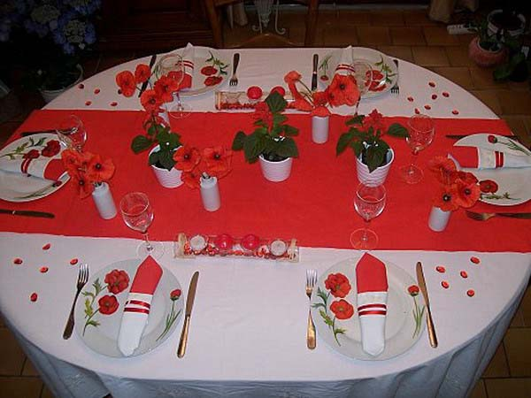 poppy flower table decoration and floral centerpieces
