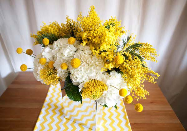 Beautiful floral arrangements yellow color combinations yellow and white flowers make bright table flower arrangements mightylinksfo Images