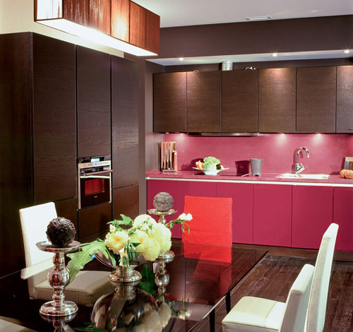 purple-pink and red color accents for kitchen design in art deco decorating style