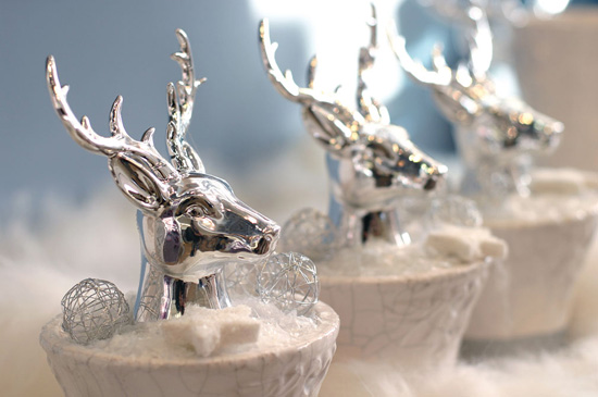 rain deer christmas table centerpieces and decorations