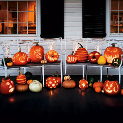 cheap halloween decorations and ideas with carved and lighted pumpkins