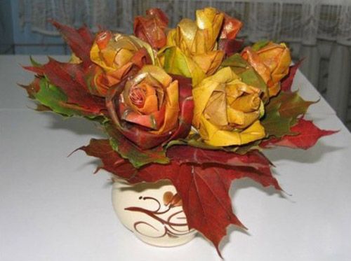 decorating ideas for fall and crafts with maple leaves for making a rose bouquet