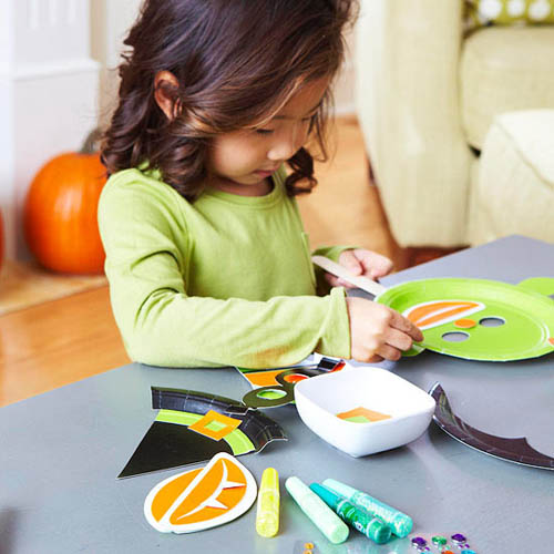 halloween ideas for kids, simple crafts and games