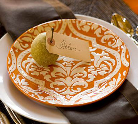 orange cream plate with pear centerpiece for thanksgiving table decorating