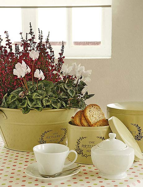 heather plant for table decoration and fall ideas