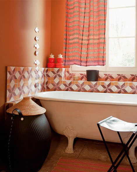 bathroom decorating ideas in pink orange colors