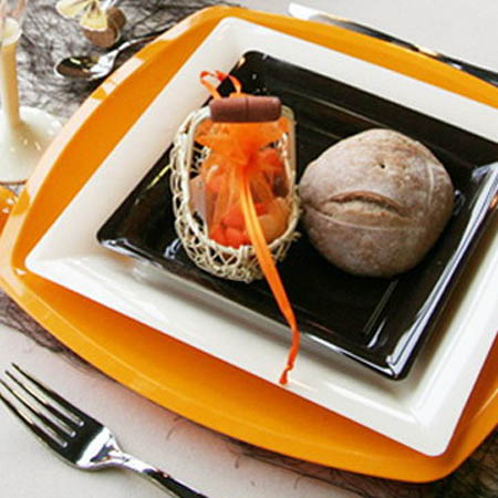 table decoration ideas in orange colors are great for fall decorating