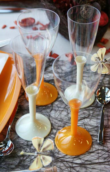 orange glasses and simple table decoration ideas for fall decorating