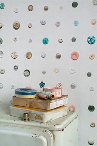 button wallpaper pattern for creative room decorating ideas