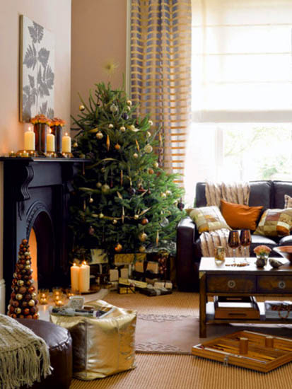 golden colors for christmas decorating