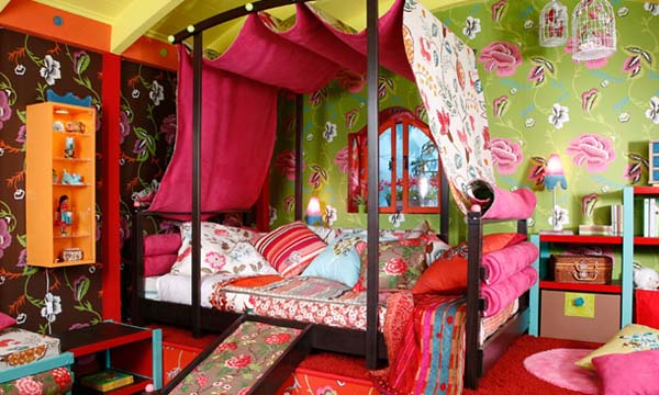 orange and yellow brown and cream colors canopy and beautiful wallpapers patterns add chic accents to unique and luxurious ideas for girls bedrooms