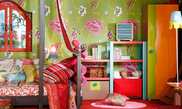 green wallpaper with pink flowers for extravagant gypsy home decoration