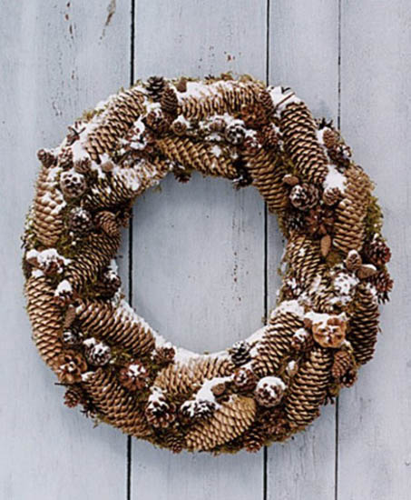 christmas wreaths with pine cones for winter decorating