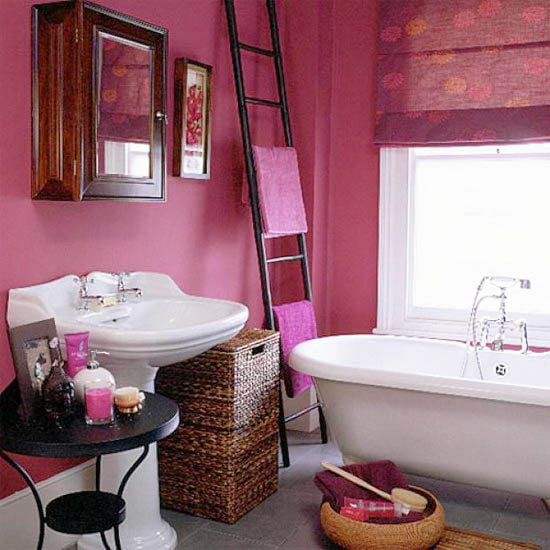 Raspberry Bathroom Accessories: Interior Decorating With Wooden Ladders, Creative Room