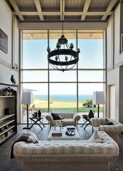Light Room Decorating Ideas, Country Style Decor For Summer House. White  Living Room Furniture And Antique Chandelier