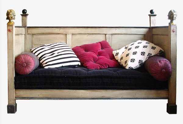 pink and white-n-blck cushions for sofa in retro style
