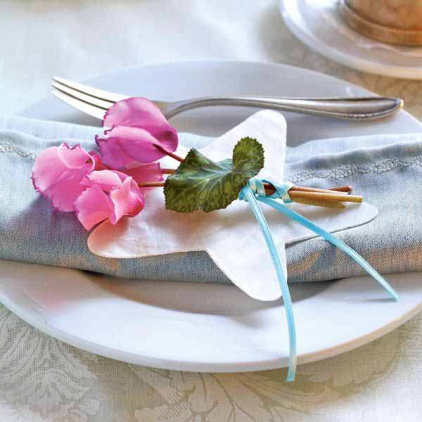 cyclamen winter holiday table decorations