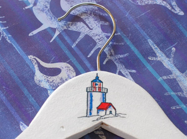 lighthouse design for hanger decorating