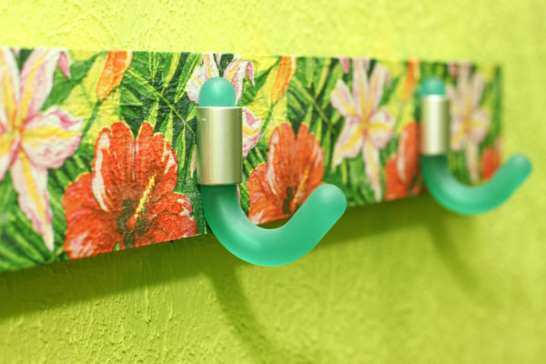 wall decorating with wall hook rack