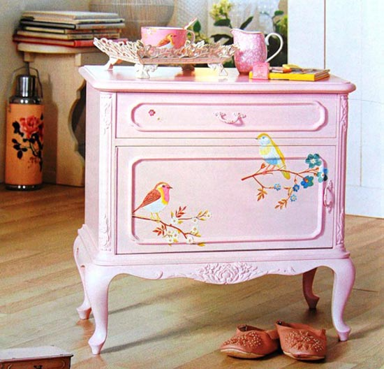 bird painting ideas for wooden furniture decoration