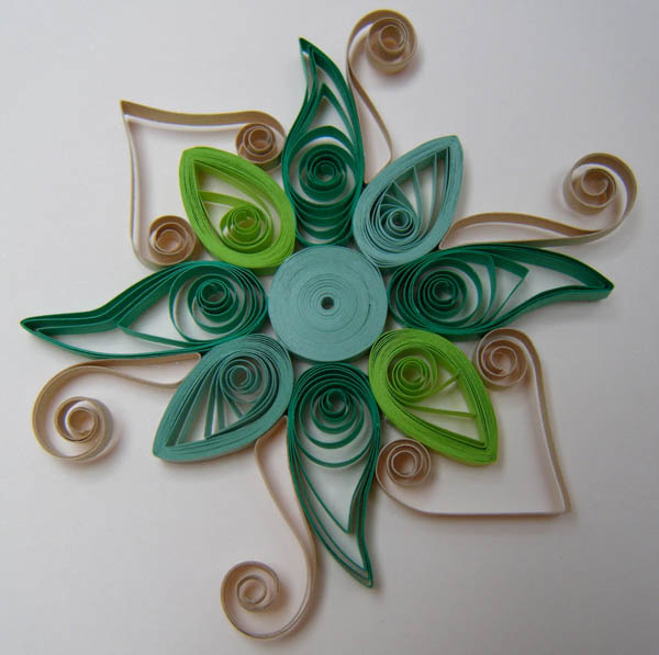 floral quilling patterns in green colors