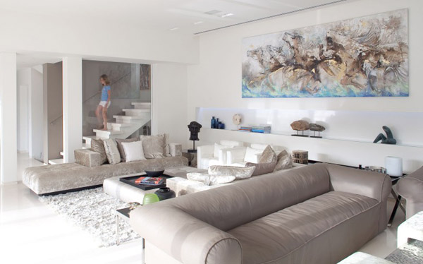 Contemporary Homes Interior Decorating In White Sea