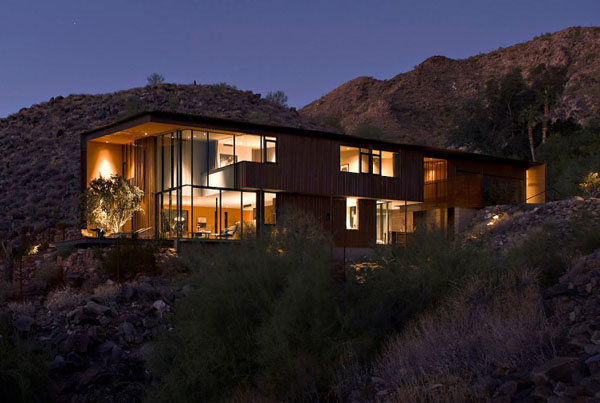 contemporary house design in desert