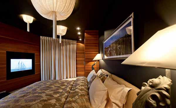 bedroom decorating with wooden wall panels